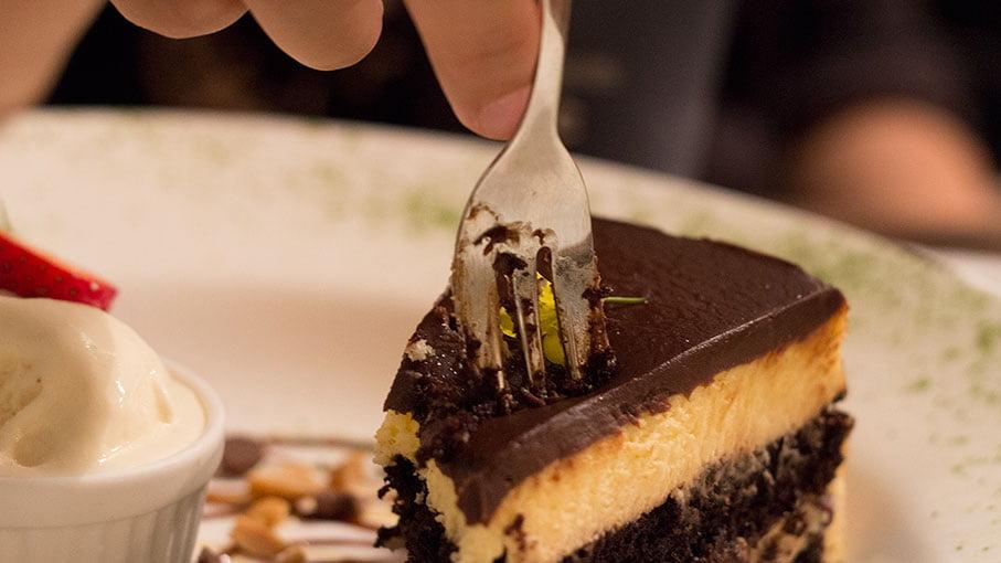 Le-Bistro-Dorine-Eastwood-Cheese-Cake