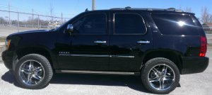 2010 CHEVY TAHOE LIFT KIT POWER STEPS WINDOW TINT PERFORMANCE CHIP WHEELS TIRES