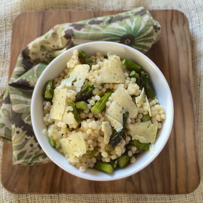 Green Garlic Asparagus Couscous | Teaspoonofspice.com