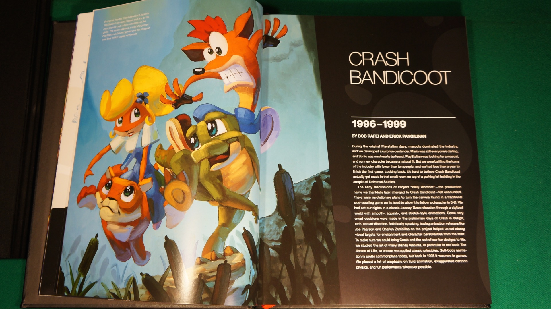 Crash Libro Naughty Dog 30 Años11 Tec