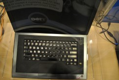 Dell Latitude z pic 4