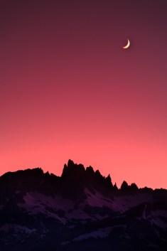 Moonset over Minarets