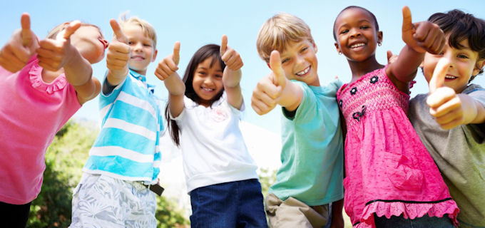 Kids Thumbs Up 680x320
