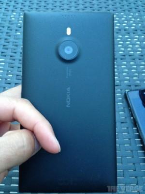 Lumia 1520 Back Side