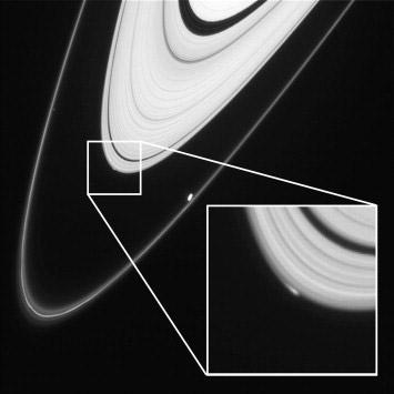 NASA Saturn New Moon (2)