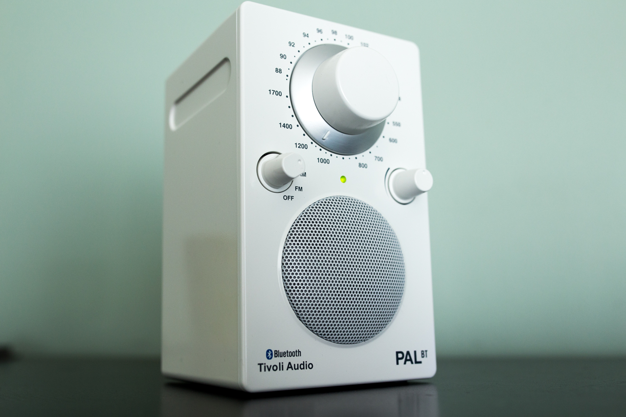 Tivoli Radio Pal The Tivoli Pal Bt May Be The Best Looking Best Sounding Bluetooth
