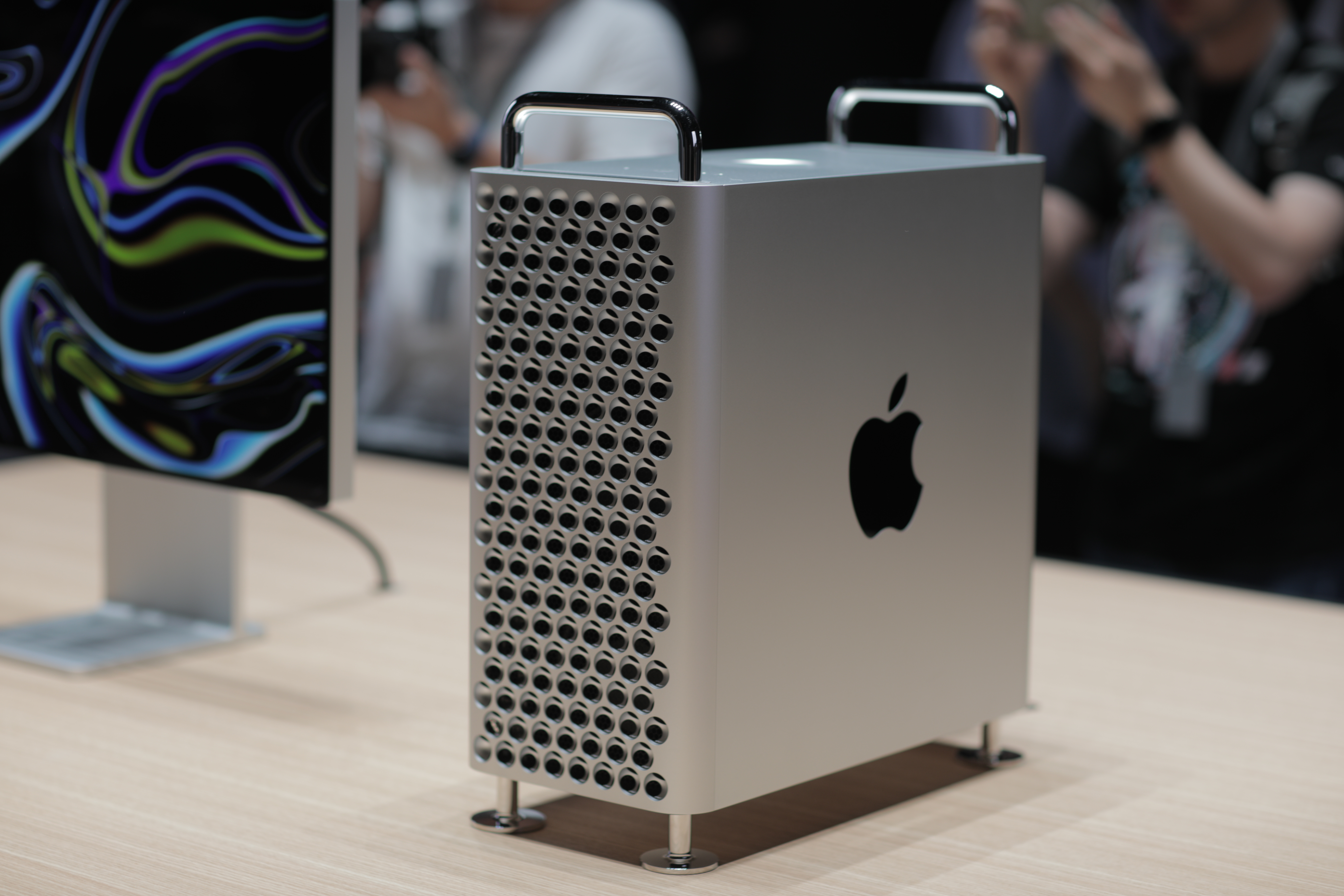 Schreibtisch Design Sale Goodbye Trash Can Hello Cheese Grater Apple S Reinvented