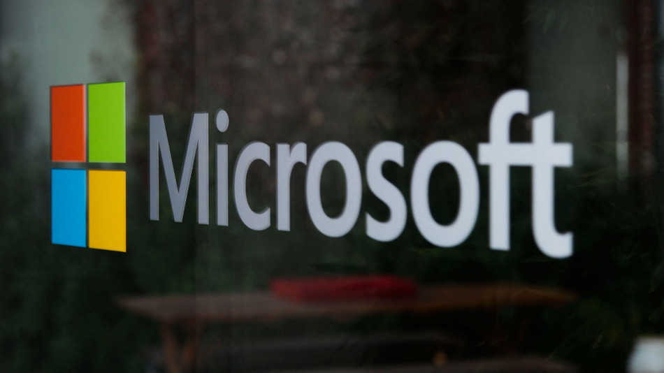 After Facebook, Twitter & Yahoo, Now Microsoft will also Notify Users State Sponsored Hacking Attacks