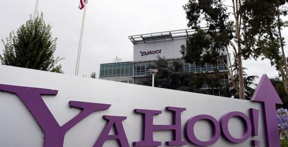 Verizon to acquire struggling Yahoo! for $4.83 billion in cash