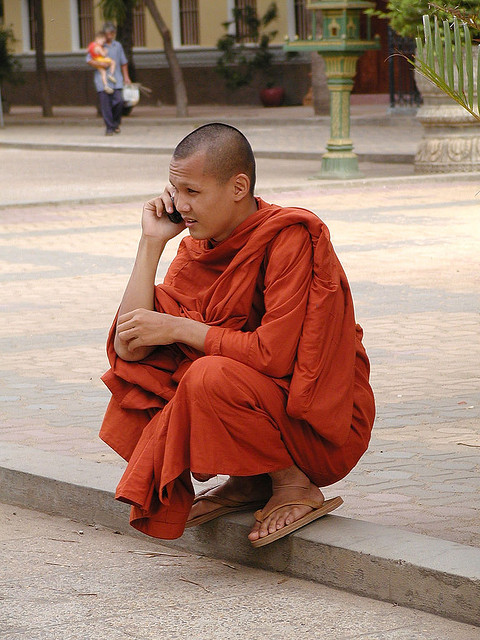 monk-with-phone