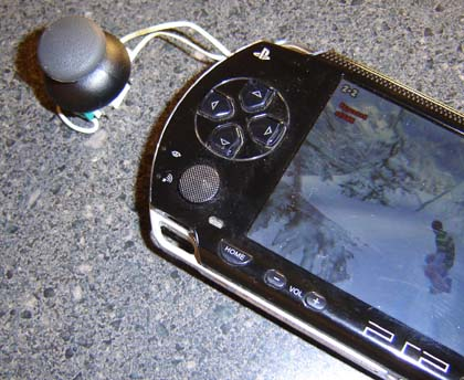 Cmo instalar una palanca anloga en un PSP