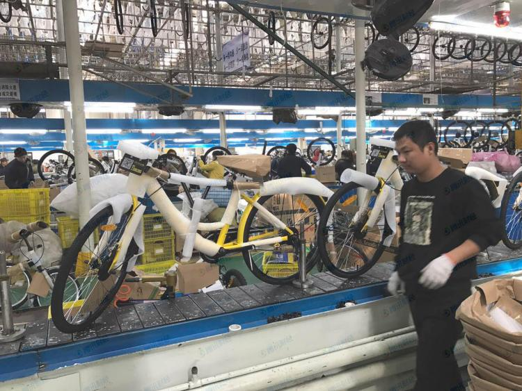 One production line at Fushida can churn out 10 bicycles in 16 minutes. Based on this rate, Fushida is estimated to produce over 5,000 ofo bikes each day. Image from Tencent Finance