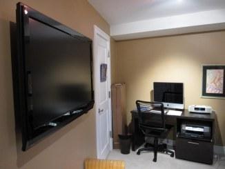 BedroomHDTV_Install2
