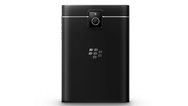 blackberry_passport_002