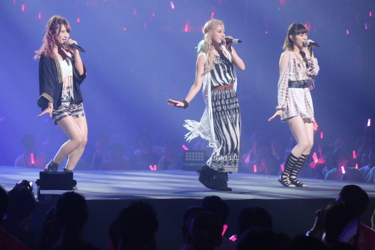 PINK CRES. - el nuevo grupo Idol de Natsuyaki Miyabi