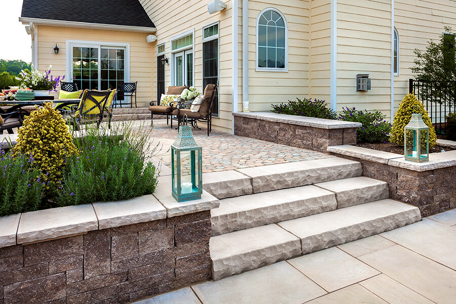 Store De Terrasse Exterieur York - Pool Coping And Wall Caps | Techo-bloc
