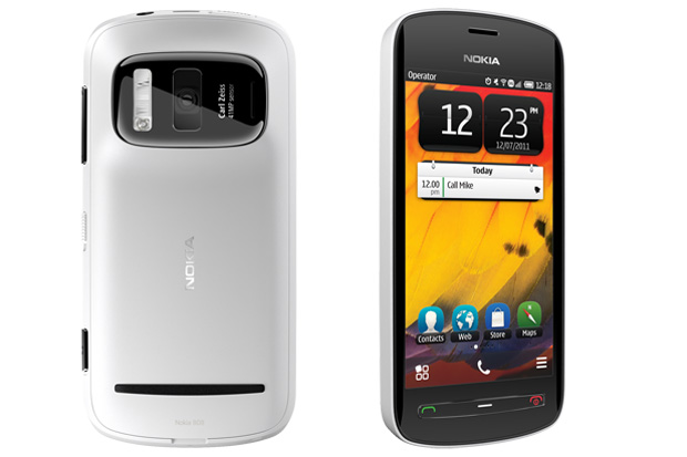 Nokia launches super camera phone 808 PureView in India at Rs 33,899