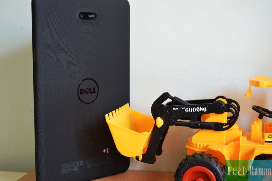 Dell-Venue-8-Rear-side