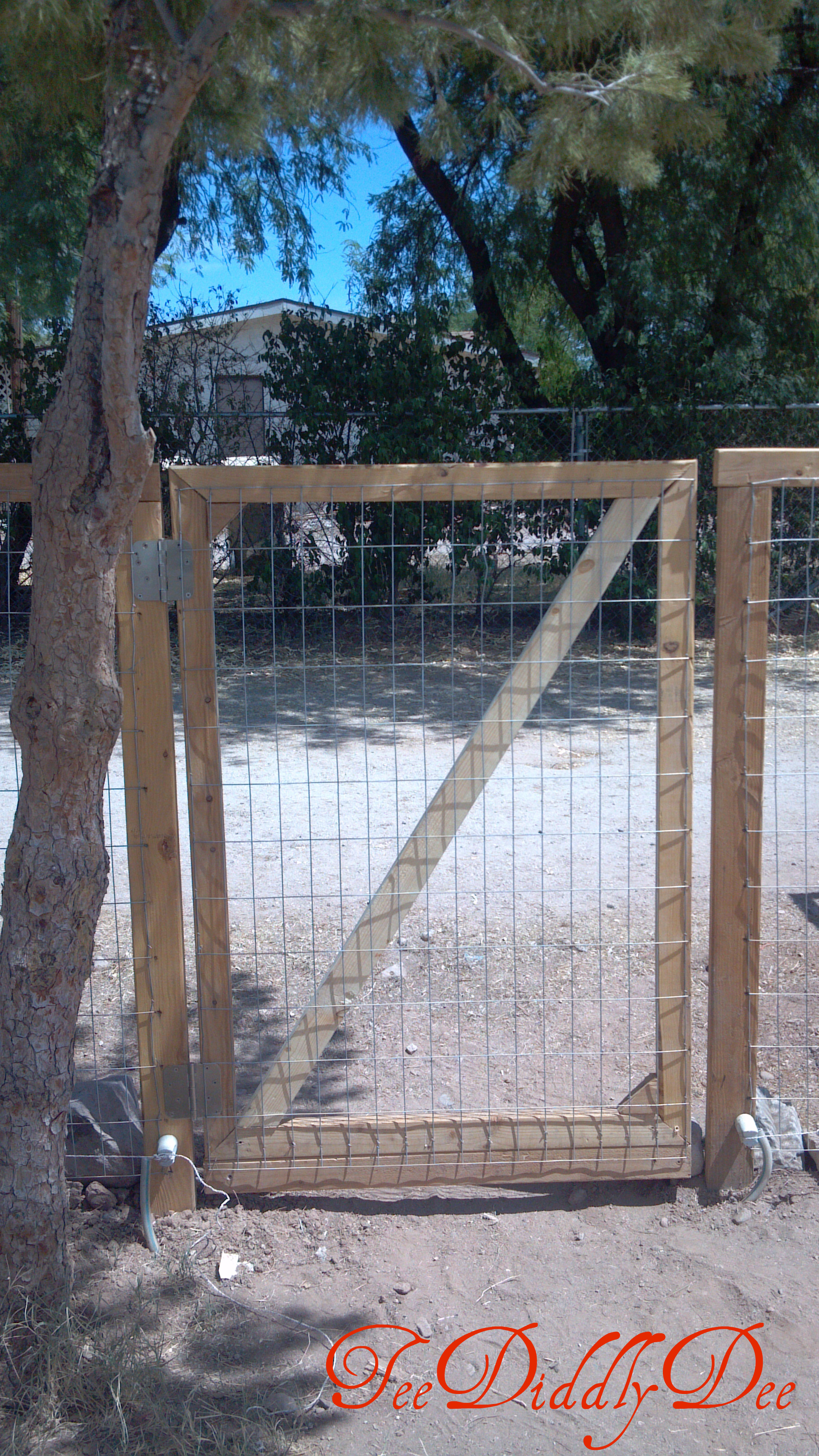 How to Build a Fence for Yard or Garden Part 2