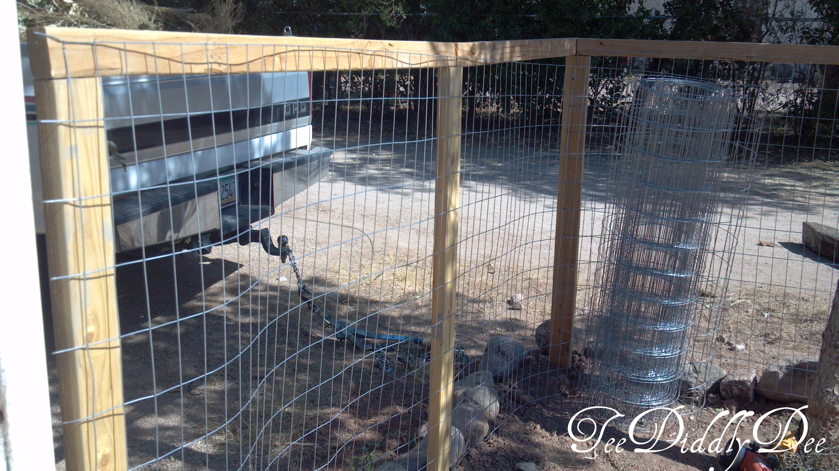 How to build a fence for yard or garden part