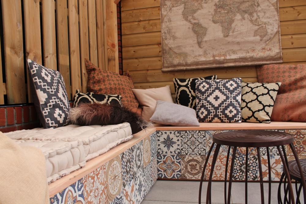 Tuintegels met patroon of gewoon keramische tegels