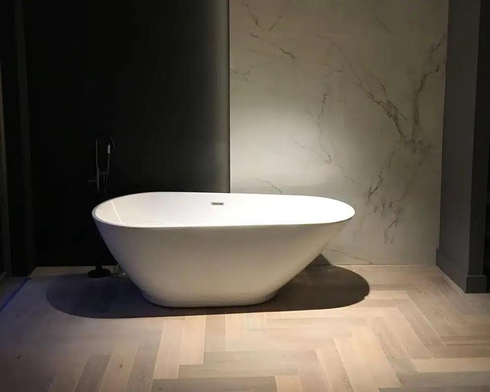 Houtlook Tegels Limburg : Badkamermeubels houtlook badkamer houtlook tegels binatie