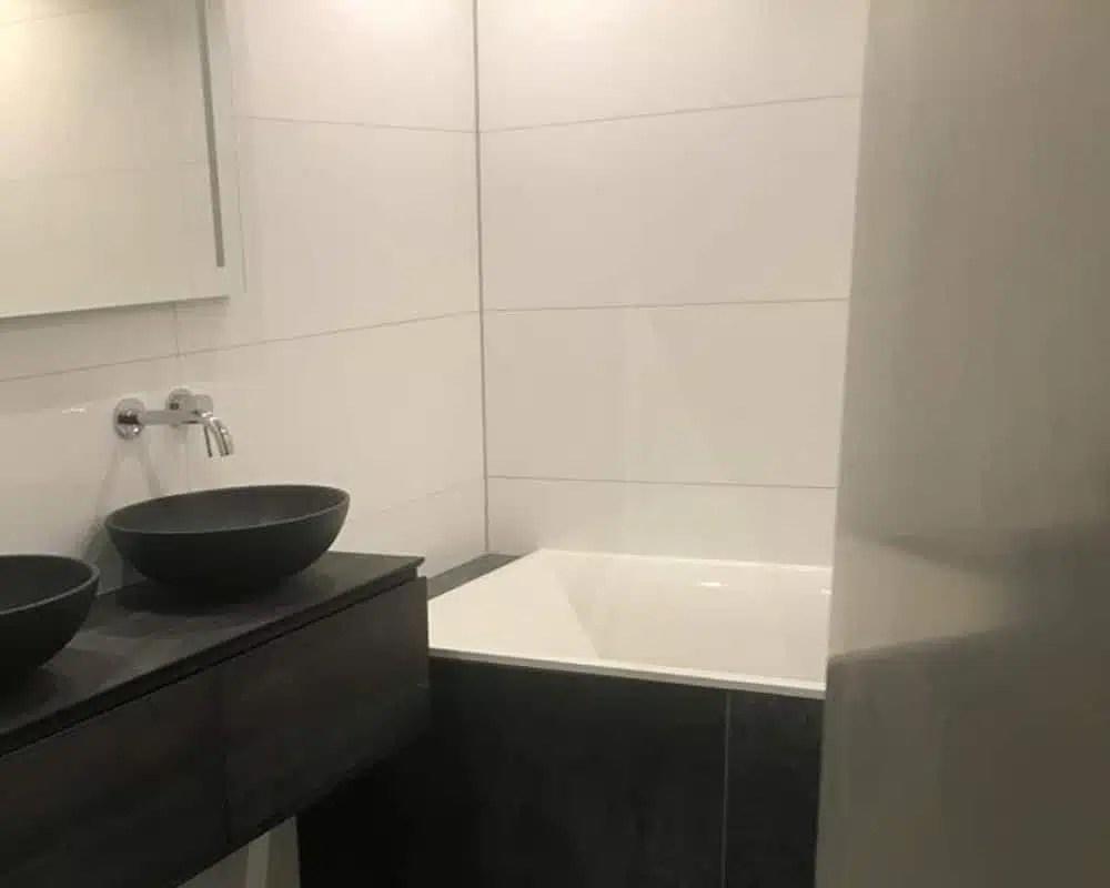 Wandtegels Badkamer Wit : Badkamer tegels wit tegels sanitair badkamer goedkoop bij tegel en