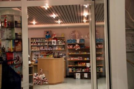 Der Shop (auch Sonntags geöffnet)