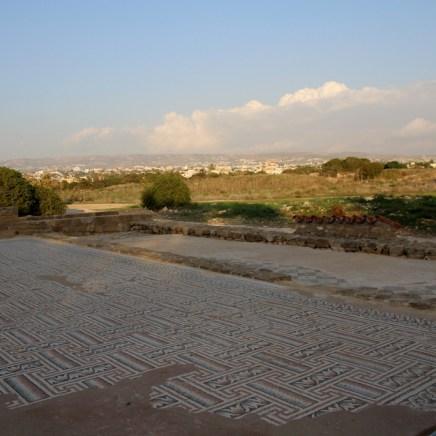 und Aussicht auf die Stadt Paphos