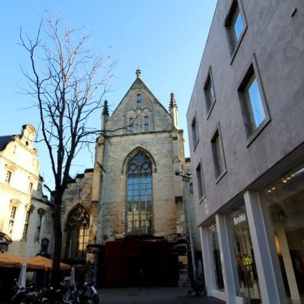 Die Kirche von außen