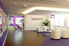 The incredible shrinking Yahoo!