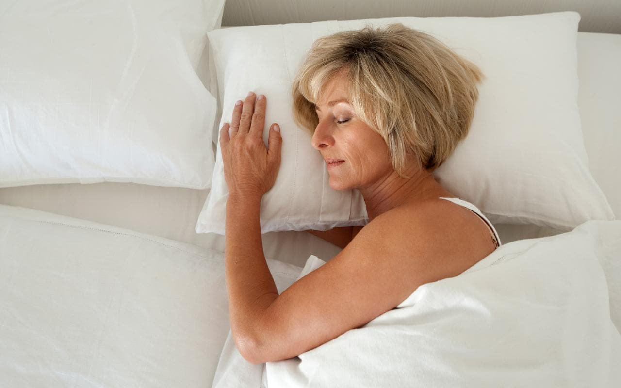How To Be More Confident In Bed How To Sleep Better During Menopause