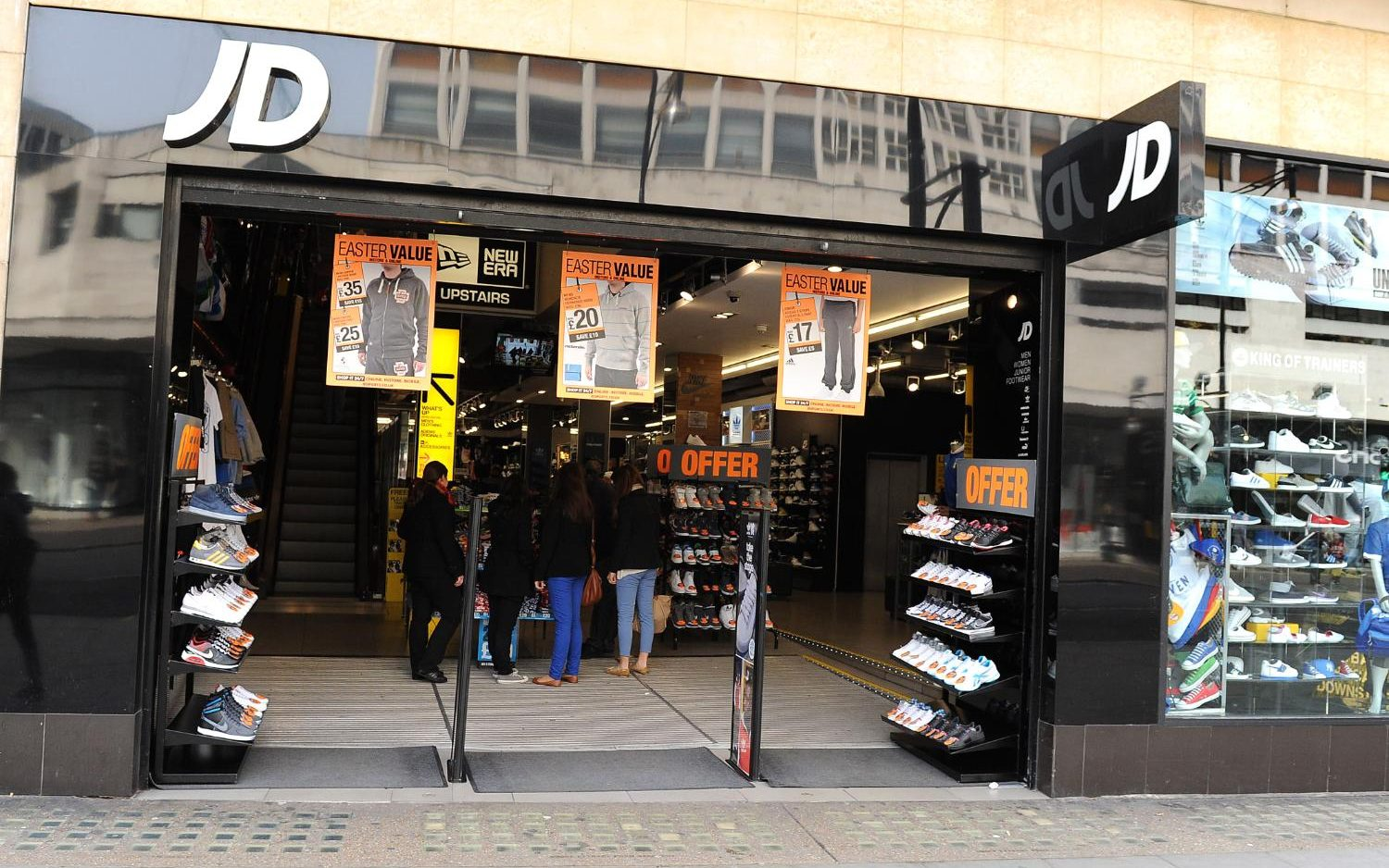 Jd Sports Jd Sports Launches Investigation Into Warehouse Conditions