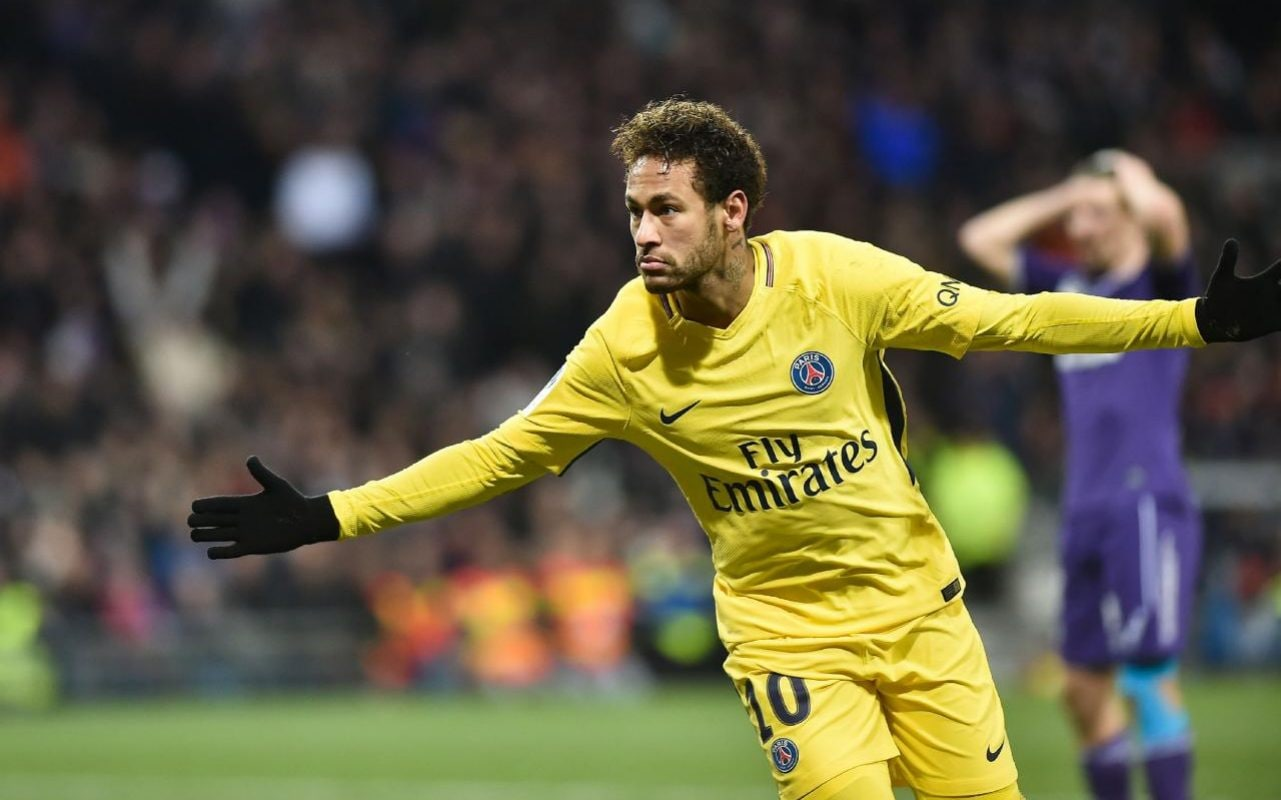 Sofa Score Real Madrid Barcelona Neymar Is Treated Like A King At Paris Saint Germain So Real
