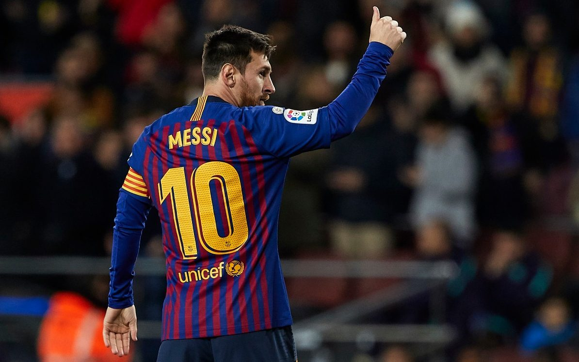 Leo Messi Lionel Messi Scores 400th Liga Goal For Barcelona In 3 Victory
