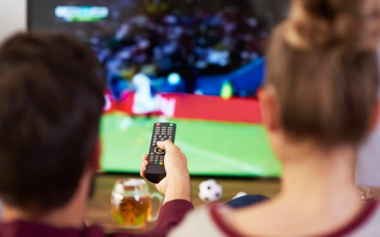 Sofa Score Live Games Cost Of Watching Football From Your Sofa To Top 1 000 Per Year