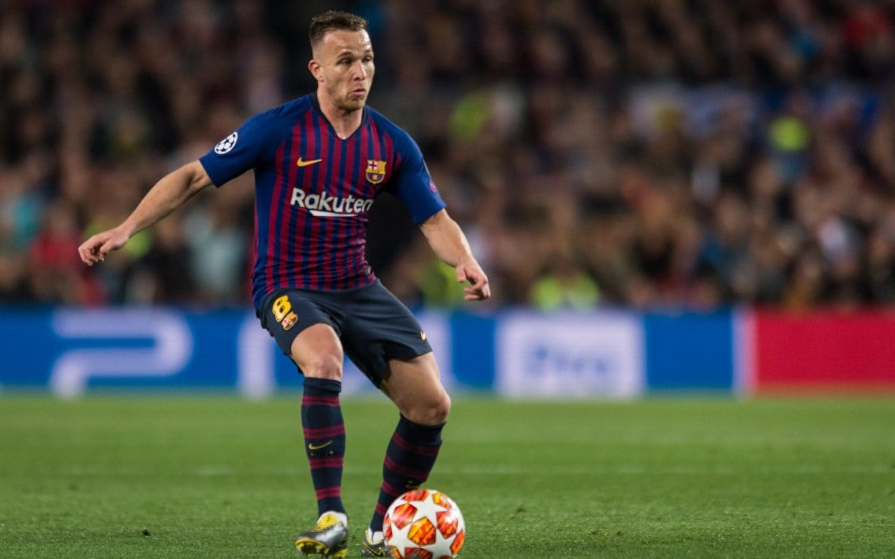 Sofa Score Real Madrid Barcelona Why Barcelona S Arthur Is A Xavi In Andres Iniesta S Clothing