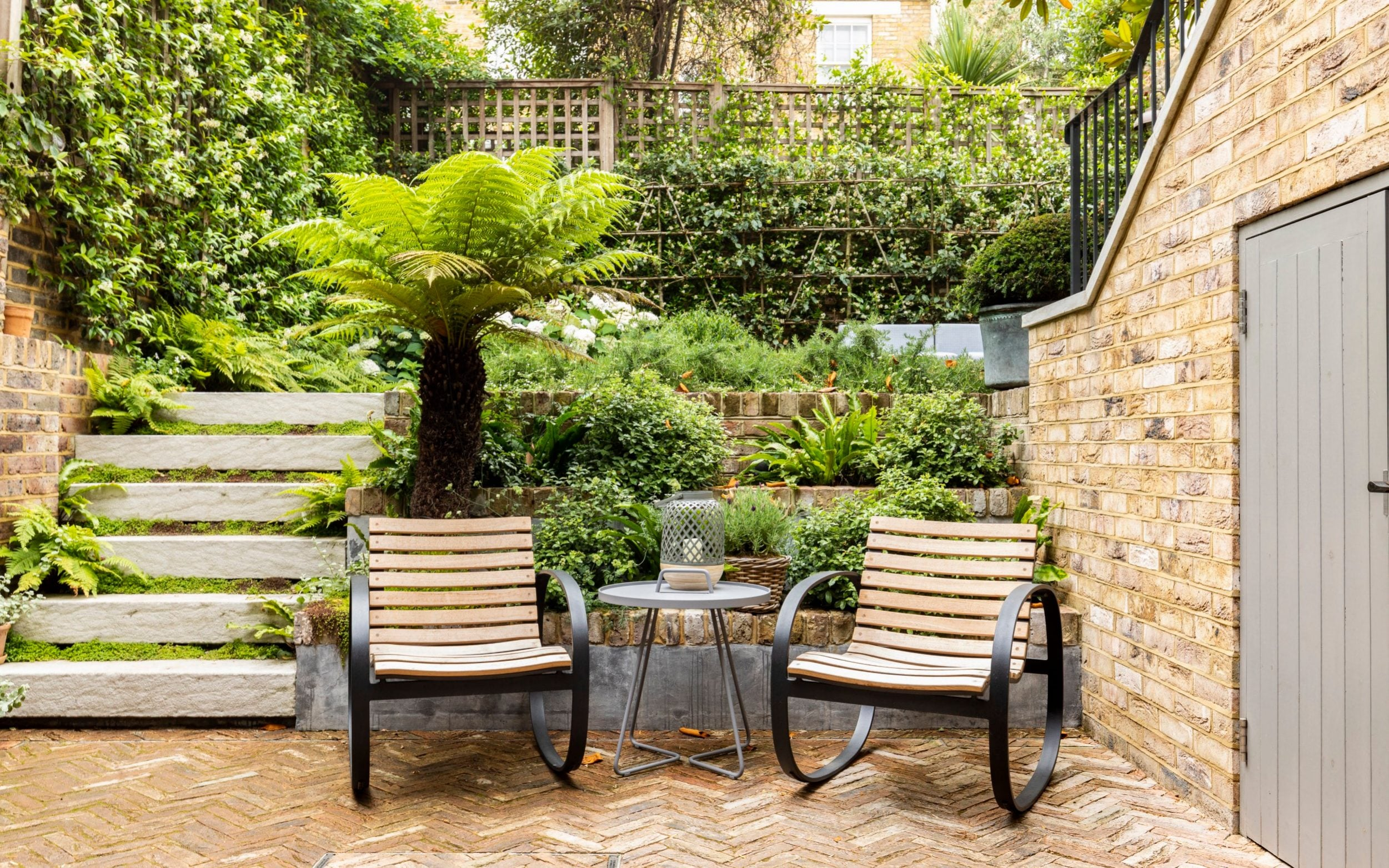How To Turn Your Yarden Into An Elegant Courtyard Space The Telegraph