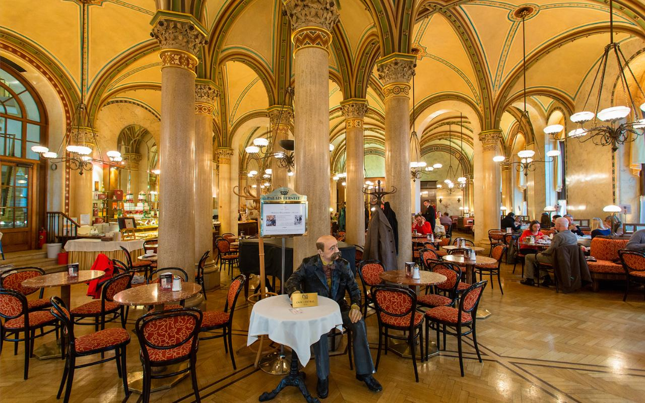 Food Cuisine In Vienna What To Eat In Vienna To Sample Famous Austrian Cuisine