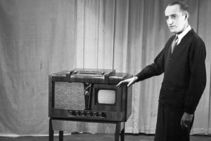 Początki telewizji na świecie (1928-1934)