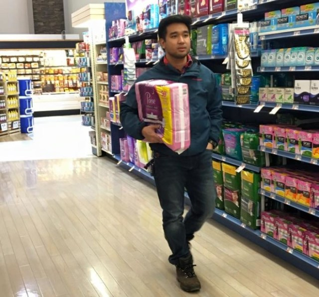 Men, share, sanitary, pads, menstruation, girls, guys, Quora, narrations, napkins, 18, embarrass, wrapped, period, tampons, cashier, pharmacist, maxi, regular, fly, station, girlfriend, ashamed, women, right, shopkeeper, wrong, India, awkwardness, fine, secrecy