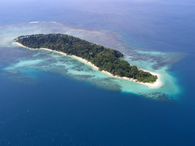andaman, nicobar, island, romantic, beaches, beautiful, white sand, blue water, water sports, seal, island