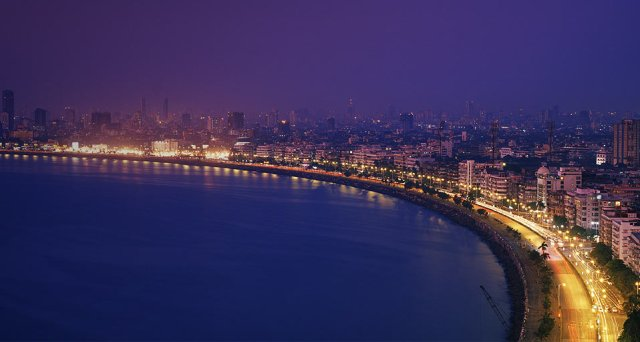 things to do in Mumbai, Mumbai, city of dreams, city that never sleeps, city, Maharashtra, India, solo travel, solo traveller, travel solo, alone time, blissful, marine drive, cat cafe, pawfect, kitaabkhana, hard rock cafe, shopping, Colaba causeway, Linking Road, Bandra, coffee, books, Sanjay Gandhi national park, SGNP, greenery