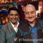 Kapil Sharma Aka Bittu posing a selfie with Anupam ji