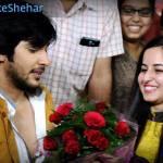 Ranvijay gets a bouquet of flowers from his female fan