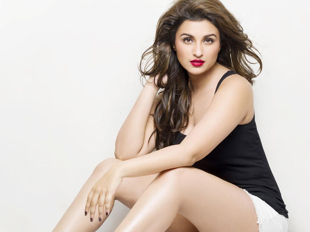 Salman Hd Wallpaper Hot Photos Super Hot Parineeti Chopra Telugu Box Office