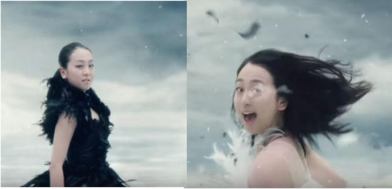浅田真央が一人二役を演じる「白鳥vs黒鳥」のCMのアクションがちょっとすごい