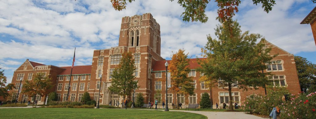Ayres Hall on UT Knoxville Campus