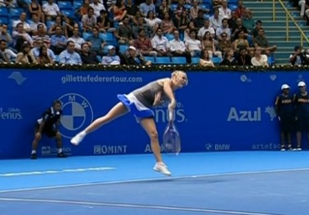 Caro serve follow-through screencaps Brazil
