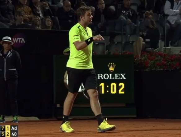 Stan Wawrinka pointing Rome match
